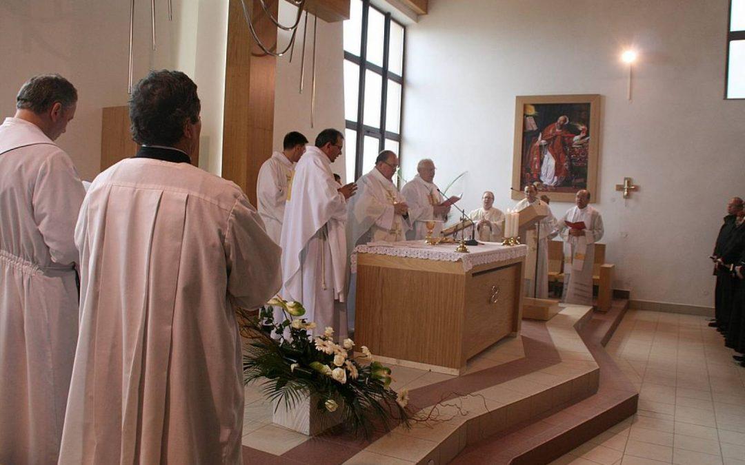 Konsekrácia kostola RKC v T. Štrbe